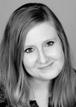 Deanna Fugett Headshot